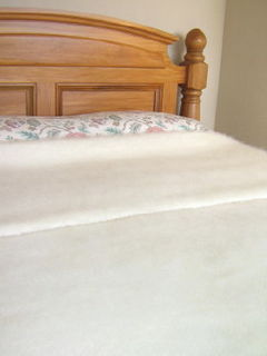 NZ MOHAIR THROW BLANKET in CREAM / Extra Winter Weight