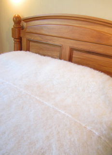 ALPACA ~ 3 Colour Options in Cream in Kingsize 240 x 270cm