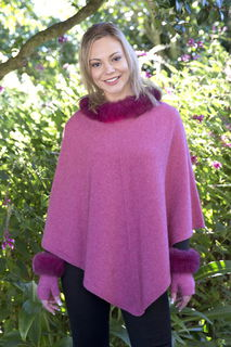 Nativeworld NB686 Possum Trim Poncho Possum Merino