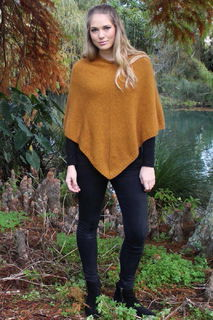 Plain Poncho in Possum Merino LOTHLORIAN/9982