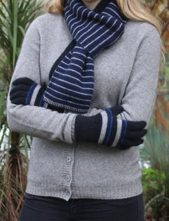 Accent Stripe Glove in Possum Merino LOTHOLORIAN/9894