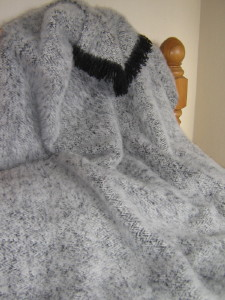 Alpaca Extra Winter Weight BLACK CREAM