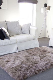 >LUXURY WOOL FLOOR RUGS